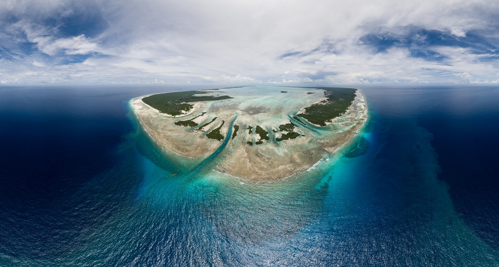 057_Aldabra_group_Aldabra_5_27000_8bit_sRGB_CAMERA_RAW_FINAL_PTGUI Panorama_1_CROP_1